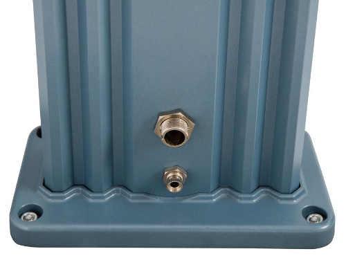 Solární sprcha k bazénu v modrém barevném provedení